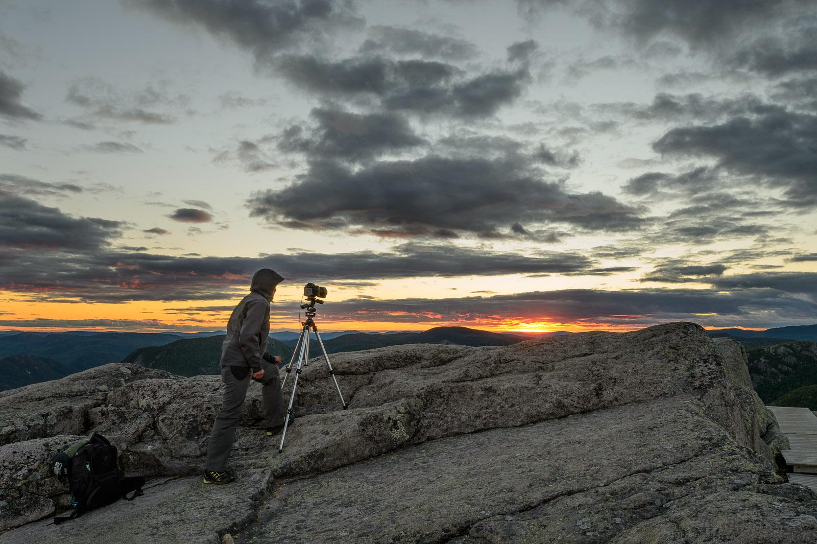 Mont du lac des Cygnes: Claudel bien installé avec son trépied